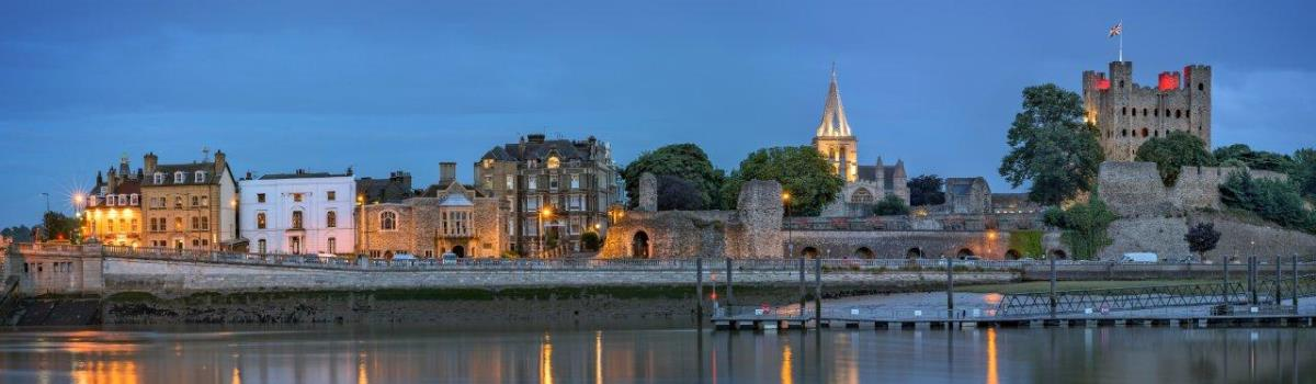 Image of a Harbour and Castle in Kent